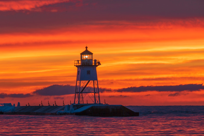 Sunrise Grand Marais Harbor 005