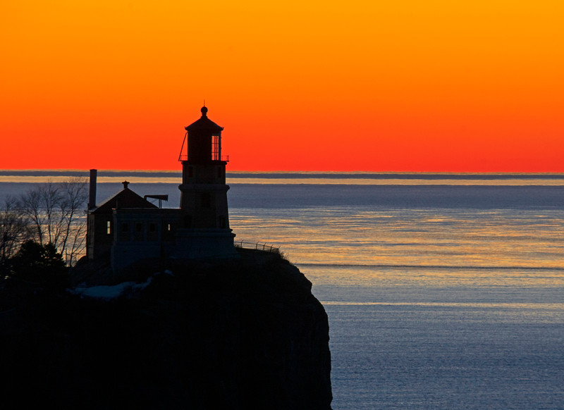 Sunrise Split Rock Lighthouse 001