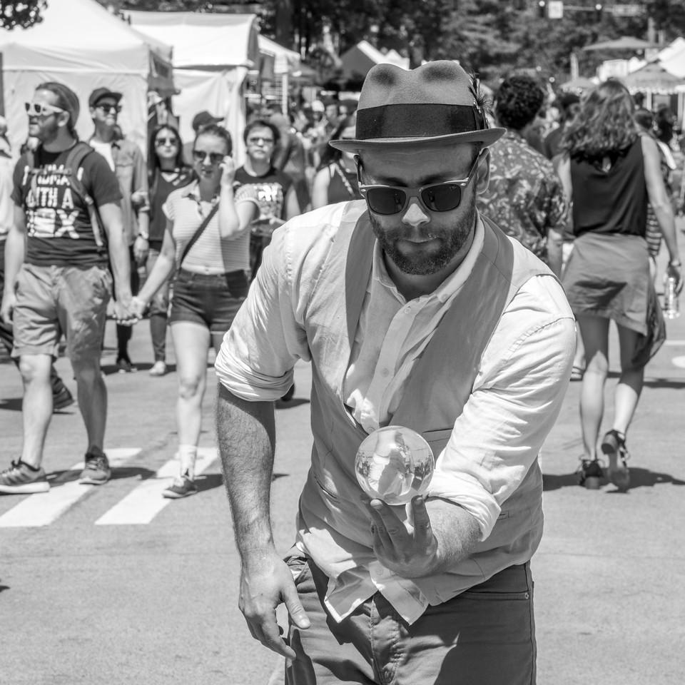 Street Juggler at 2017 University Street Fair