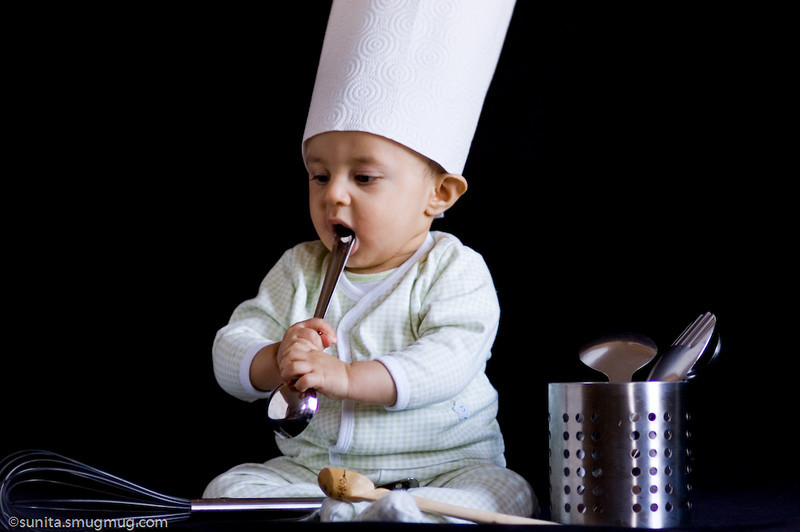 "Nov. 23 2008   A chef in the making...  more photos can be found <a href=""http://sunita.smugmug.com/gallery/4467867_Fw4dw#422839817_SnwJc-L-LB"">here</a>"