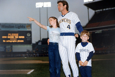 Brewer Fever; Paul Molitor, Milwaukee WI