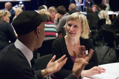 Flere møtepunkter mellom majoritetsbefolkningen og minoriteter! -- by Marit Eline Christensen