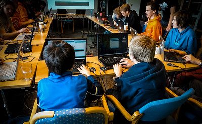Lær kidsa koding. -- by Eskil Hadland