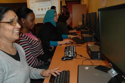 Datakurs for kvinner -- by Bibi Thaiba Musavi