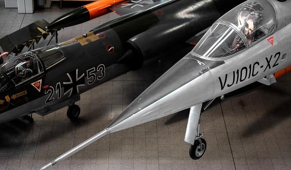 VJ101C-X2