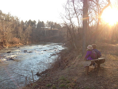 2013-01-06: Benja and Sam sit and chat beside the Rivanna River