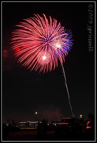 Woodbridge fireworks<br /> July 3, 2009