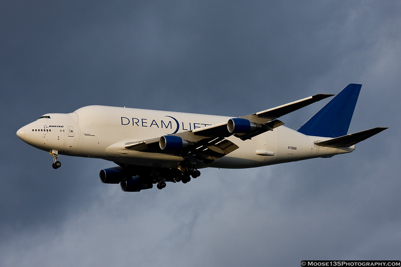 October 15 - Boeing 747 Dreamlifter arrives at Kennedy Airport.