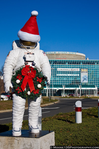 December 11 - It's Holiday Time at the Cradle of Aviation Museum.