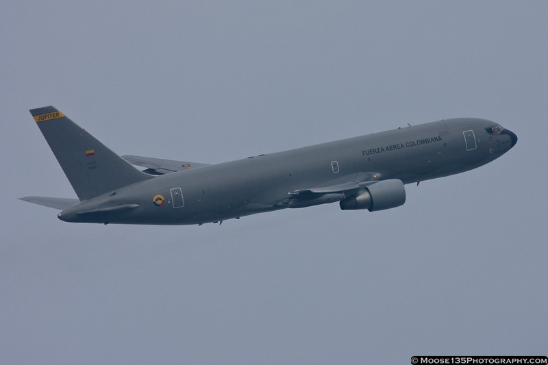 September 22 - Colombian Air Force 767 Air Refueling Tanker departs LaGuardia Airport with a delegation from the UN General Assembly session.