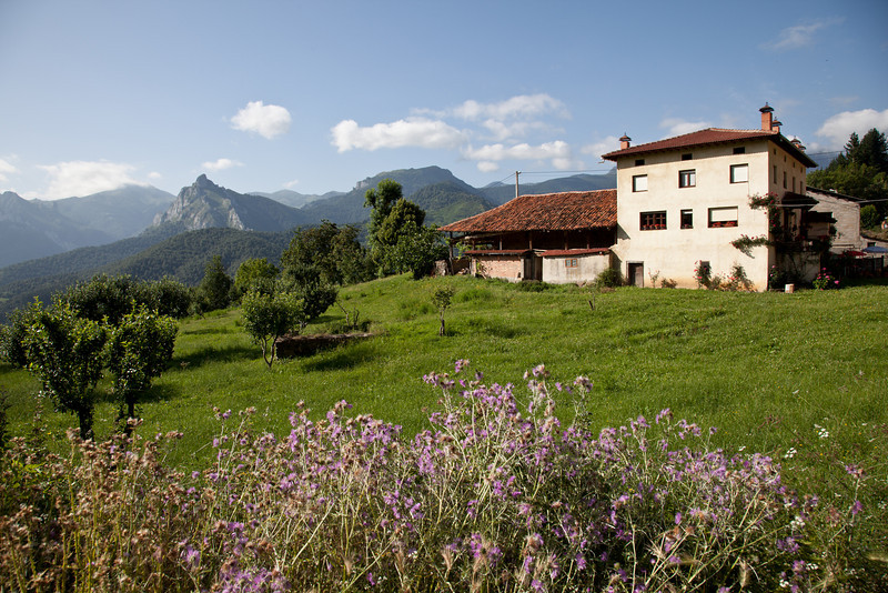 Village house - Tocanzo