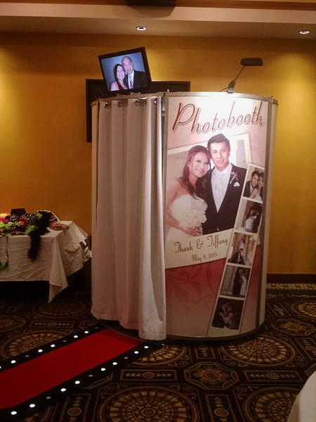 Capture Pod Wrapps / Walk up Photo Booths and More