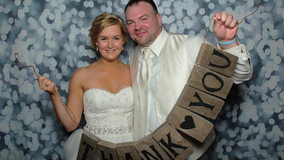 Jenna & Matt Photo Booth Fun!