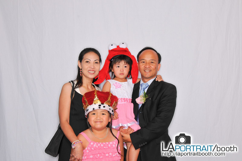Elizabeth-Omar-Photobooth-029