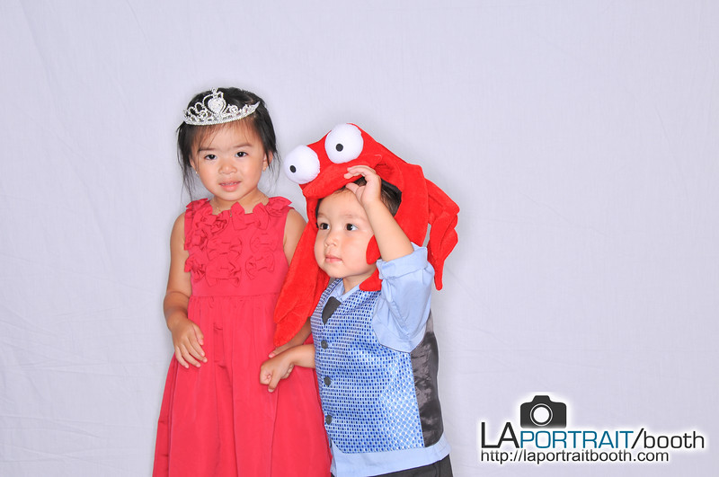 Elizabeth-Omar-Photobooth-004