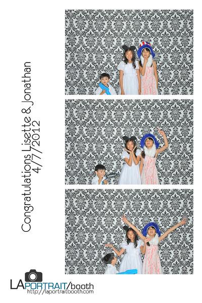Lissy & Jon Photobooth prints-23-23