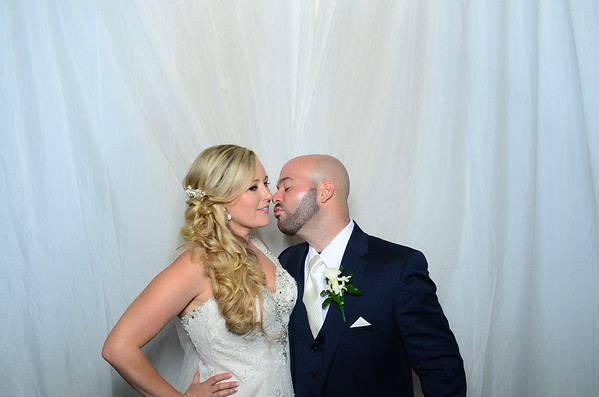 Melissa & Phil Photo booth