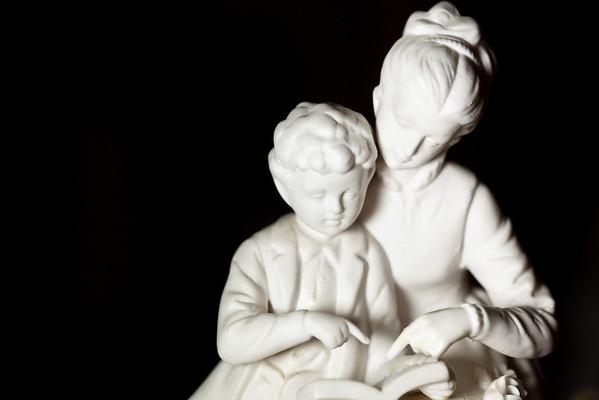 181/365 Mother & Son FIgurine