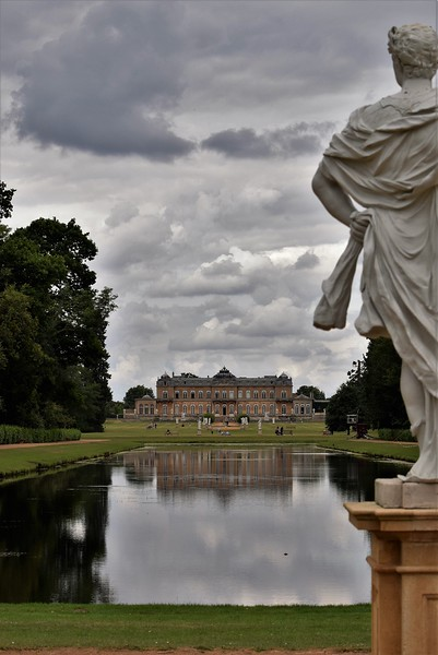 LAKE WREST PARK by Colin Wright