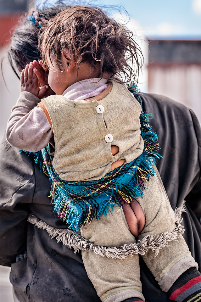 The Baby Handkerchief Carry