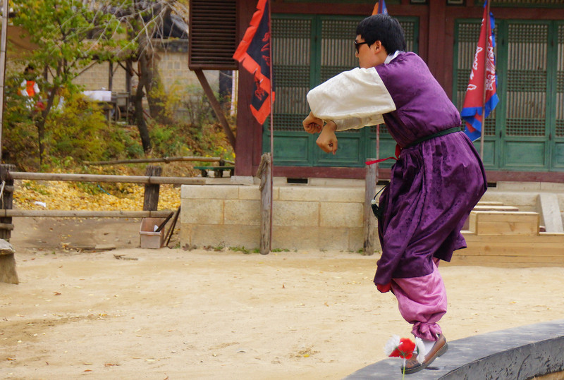This Korean man dressed in traditional attire performed a hilarious take on the popular Korean song Gangnam Style by Psy.