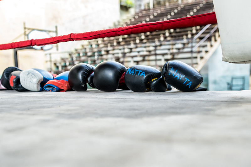 Boxers leave their gloves and move on to other exercises