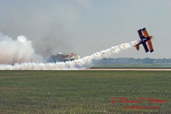 2006 Quad Cities Air Show 125 - Shockwave  Pitts Special