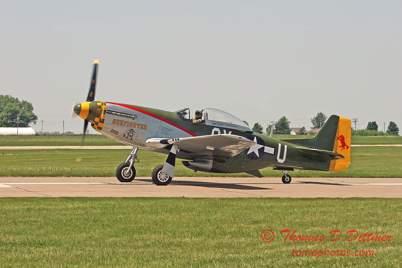 "2006 Quad Cities Air Show 82 - P51  Mustang ""Gunfighter"""