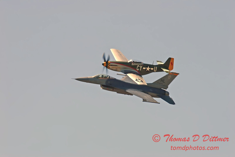 2006 Quad Cities Air Show 91 - Heritage Flight - P51 Mustang  F16 Falcon
