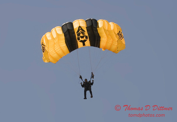 2006 TCF Bank Air Expo 441 - US Army - Golden Knights