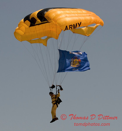 2006 TCF Bank Air Expo 633 - US Army - Golden Knights