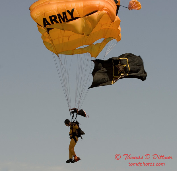 2006 TCF Bank Air Expo 634 - US Army - Golden Knights
