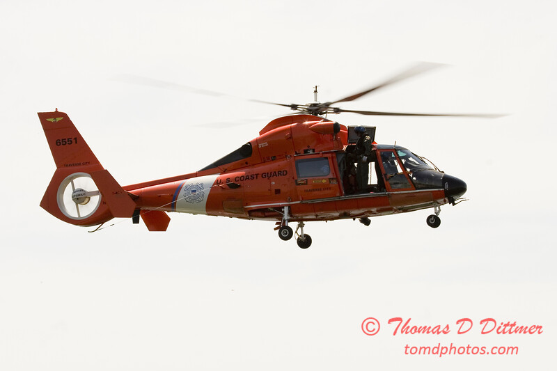 2006 TCF Bank Air Expo 642 - US Coast Guard - Dauphine