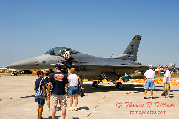 Springfield Air Rendezvous 2006 25 - F16 Falcon