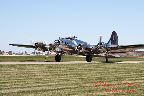 350 - A Boeing B17 taxies for departure at the South East Iowa Air Show in Burlington Iowa