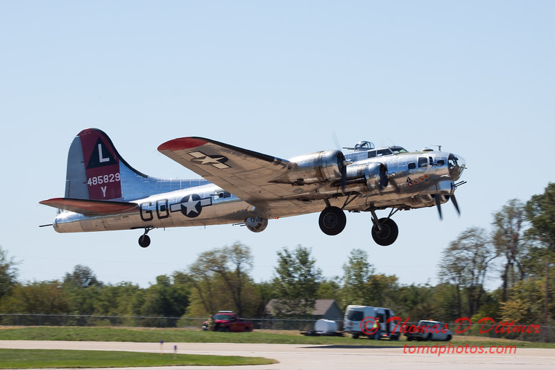 405 - B17 Flying Fortress departure at the South East Iowa Air Show in Burlington Iowa