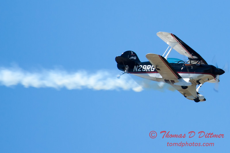 185 - Dick Schulz and the Raptor Pitts perform at the South East Iowa Air Show in Burlington Iowa
