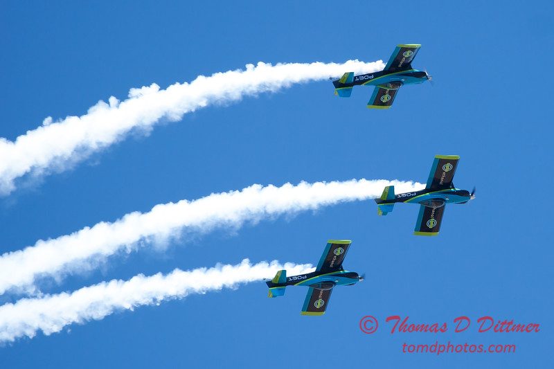 139 - The Vanguard Squadron perform in their ethanol powered RV3's at the South East Iowa Air Show in Burlington Iowa