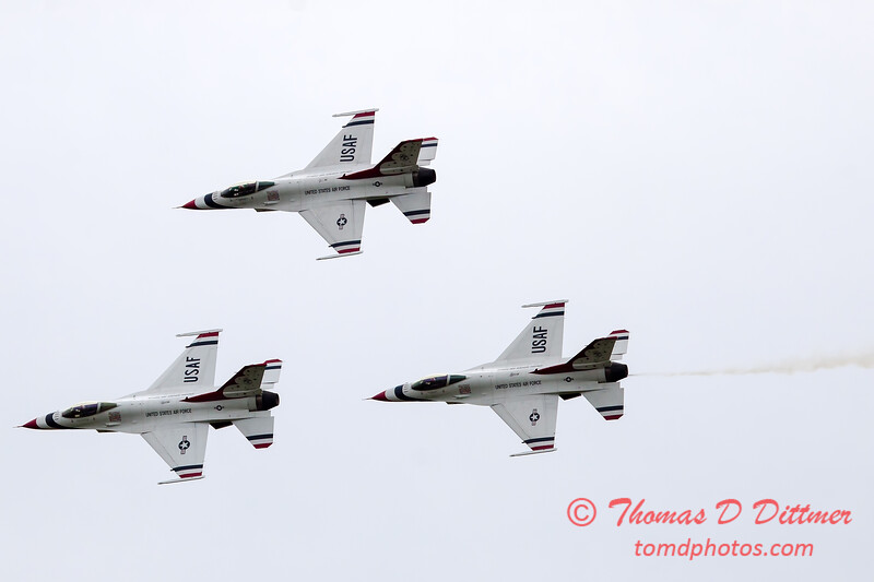 218 - Friday Practice at the Quad City Air Show - Davenport Municipal Airport - Davenport Iowa - August 31st
