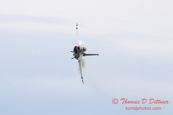 226 - Friday Practice at the Quad City Air Show - Davenport Municipal Airport - Davenport Iowa - August 31st