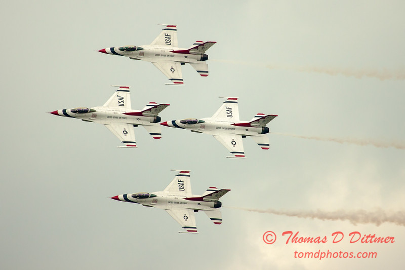2739 - Sunday at the Quad City Air Show - Davenport Municipal Airport - Davenport Iowa - September 2nd