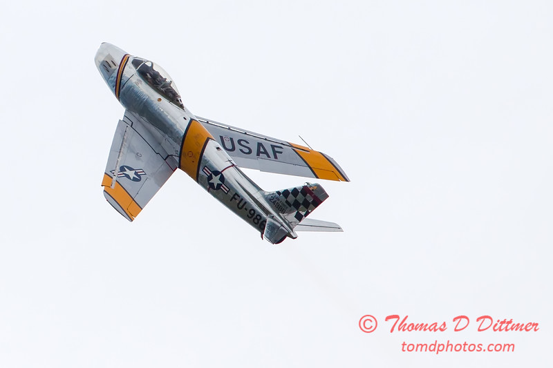 319 - Friday Practice at the Quad City Air Show - Davenport Municipal Airport - Davenport Iowa - August 31st