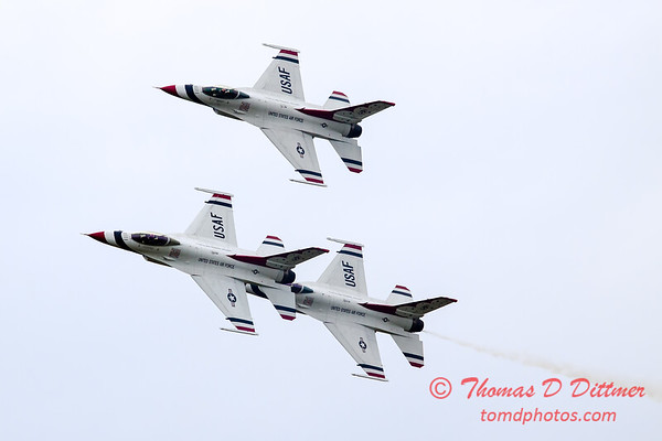 209 - Friday Practice at the Quad City Air Show - Davenport Municipal Airport - Davenport Iowa - August 31st