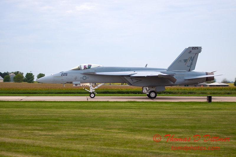 519 - Friday Practice at the Quad City Air Show - Davenport Municipal Airport - Davenport Iowa - August 31st