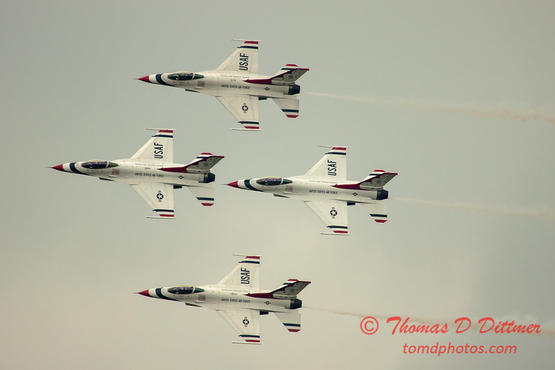 2741 - Sunday at the Quad City Air Show - Davenport Municipal Airport - Davenport Iowa - September 2nd