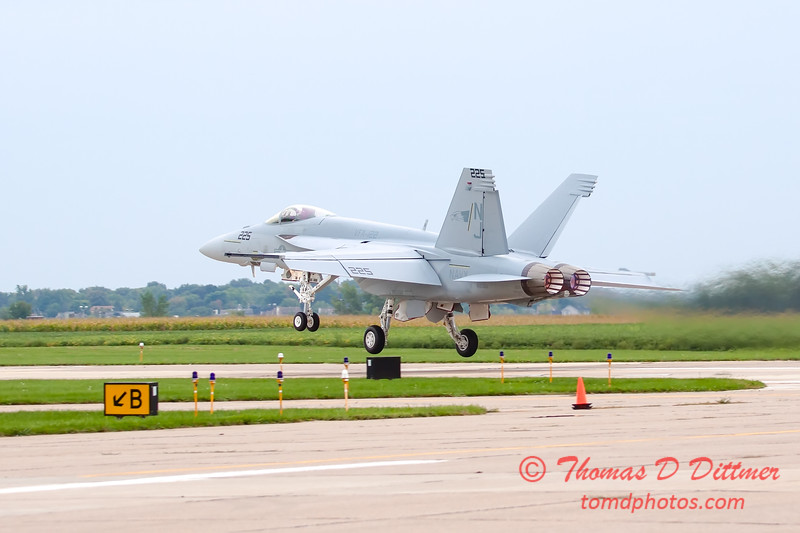 485 - Friday Practice at the Quad City Air Show - Davenport Municipal Airport - Davenport Iowa - August 31st
