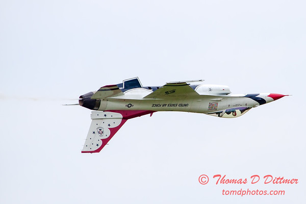 201 - Friday Practice at the Quad City Air Show - Davenport Municipal Airport - Davenport Iowa - August 31st