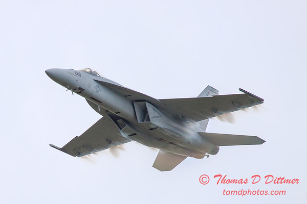 408 - Friday Practice at the Quad City Air Show - Davenport Municipal Airport - Davenport Iowa - August 31st