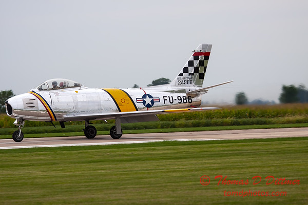 281 - Friday Practice at the Quad City Air Show - Davenport Municipal Airport - Davenport Iowa - August 31st