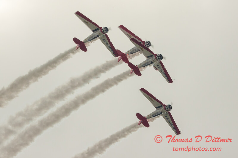 2721 - Sunday at the Quad City Air Show - Davenport Municipal Airport - Davenport Iowa - September 2nd